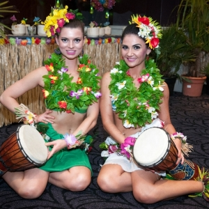 Hawaiian-Hula-Dancers01