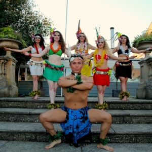 Hawaiian-Hula-Dancers03