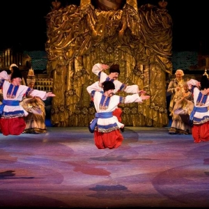 Russian-Cossack-Dancers02