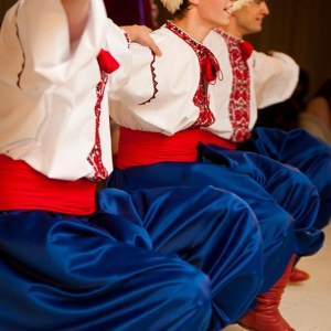 Russian-Cossack-Dancers06