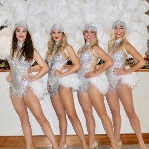 Vegas-Showgirls18