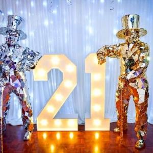 Birthday-Party-Mirror-Men