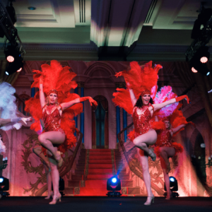 Vegas-Showgirls-In-Paris