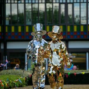 Gold-and-Silver-Mirror-Men