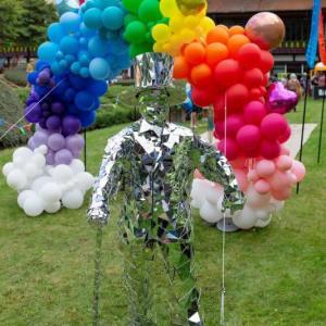 Silver-Mirror-Man-Birthday-Party