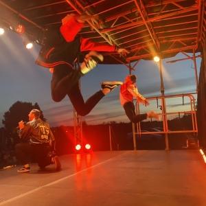 Grease-Dancers