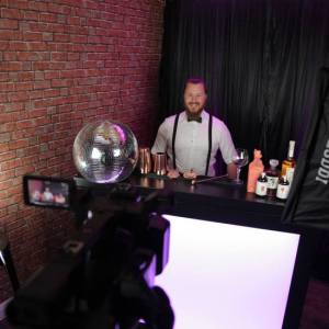 Virtual-Cocktail-Mixologist